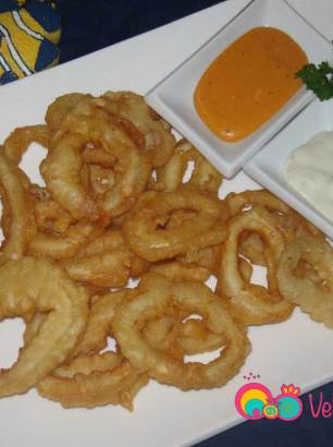 Drain the calamari on a paper towel then place on you serving platter accompanied with your favorite dipping sauce, such as tartare sauce.
