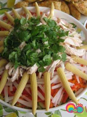Asian-Chicken-Noodle-Salad